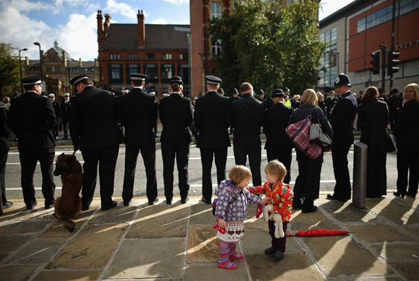121003-manchester-police-funeral-jsa-1_photoblog900